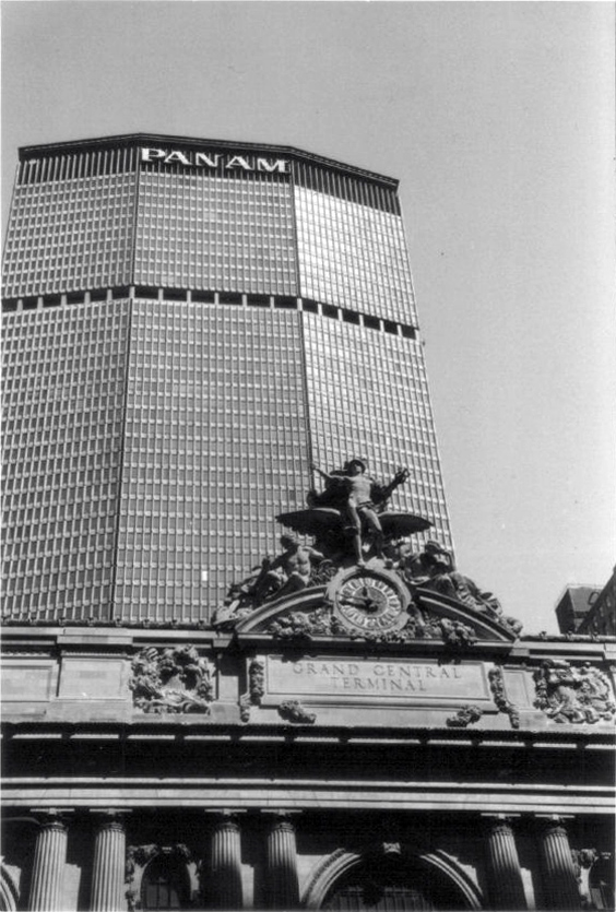 Pan_Am_Building,_NYC,_1980s.jpg